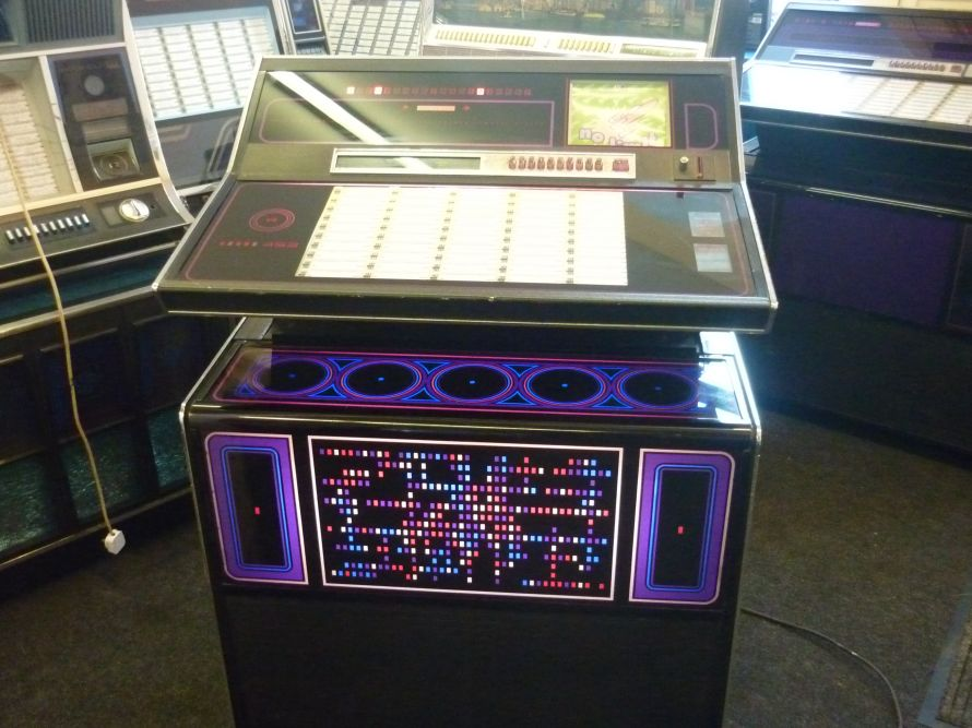 Just Jukin Jukeboxes 1973 Rock Ola 453 Star Trek