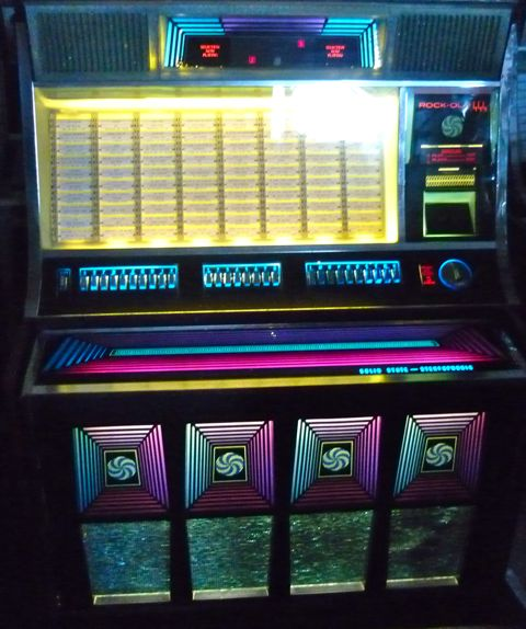 Just Jukin Jukeboxes 1970 Rock Ola 444