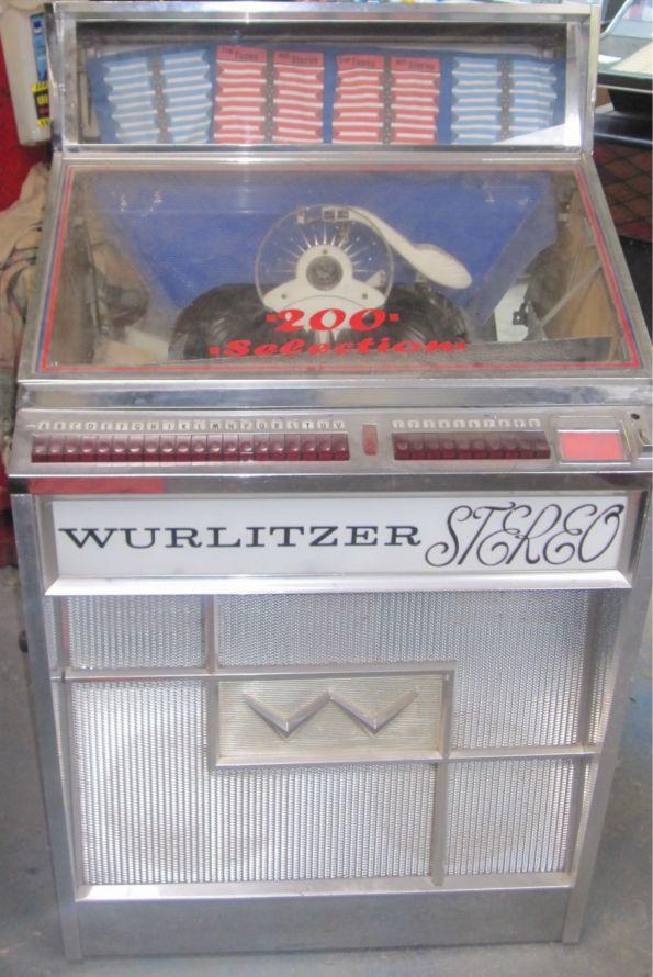 1963 Wurlitzer Lyric 2700